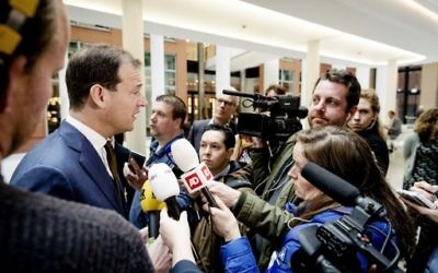 Dutch Vice Prime Minister Lodewijk Asscher speaks to the press after a meeting with representatives of Turkish organisations in The Hague on March 13, 2017. (Robin van Lonkhuijsen/AFP)