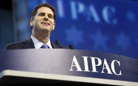 Israeli Ambassador to the United States Ron Dermer speaks at the American Israel Public Affairs Committee (AIPAC) Policy Conference in Washington DC, on March 26, 2017. (AFP Photo/Andrew Biraj)