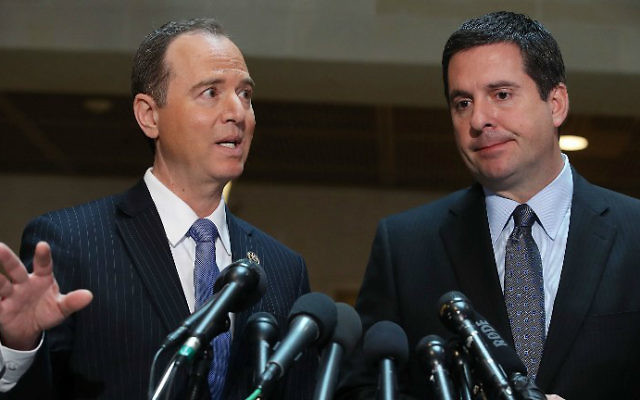 House Intelligence Committee Chairman Devin Nunes (R-CA) (R), and ranking member Rep. Adam Schiff (D-CA) speak to the media about Committee's investigation into Russian interference in the US presidential election, at the U.S. Capitol on March 15, 2017 in Washington, DC. (Mark Wilson/Getty Images/AFP )
