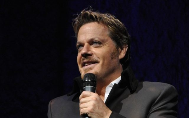 British comedian and Labour Party activist Eddie Izzard. (CC, BY, : Nickjwebb at English Wikipedia)