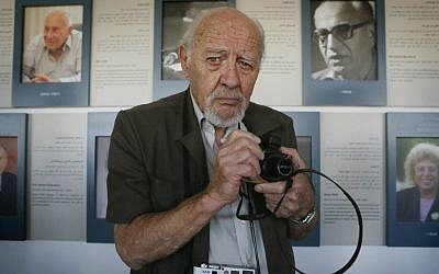 David Rubinger in 2013; the famed photojournalist died Wednesday, March 1, at age 92 (Miriam Alster/Flash 90)