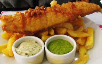 Fish, chips and mushy peas, the ultimate British dish, brought to the UK by Jews. (CC-BY-SA-2.0 Charles Haynes/Wikipedia)