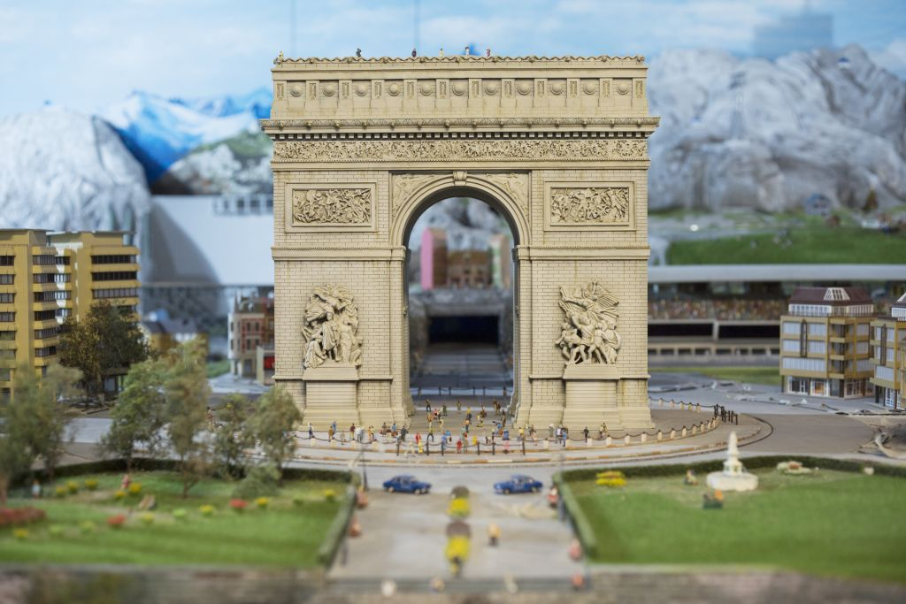 A miniature Arc de Triomphe in Gulliver's Gate. (Courtesy)
