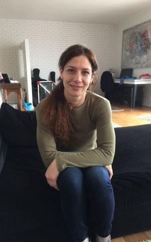 Sofi Tsedeka, the Israeli singer who explores her Samaritan roots in her musical career (Jessica Steinberg/Times of Israel)