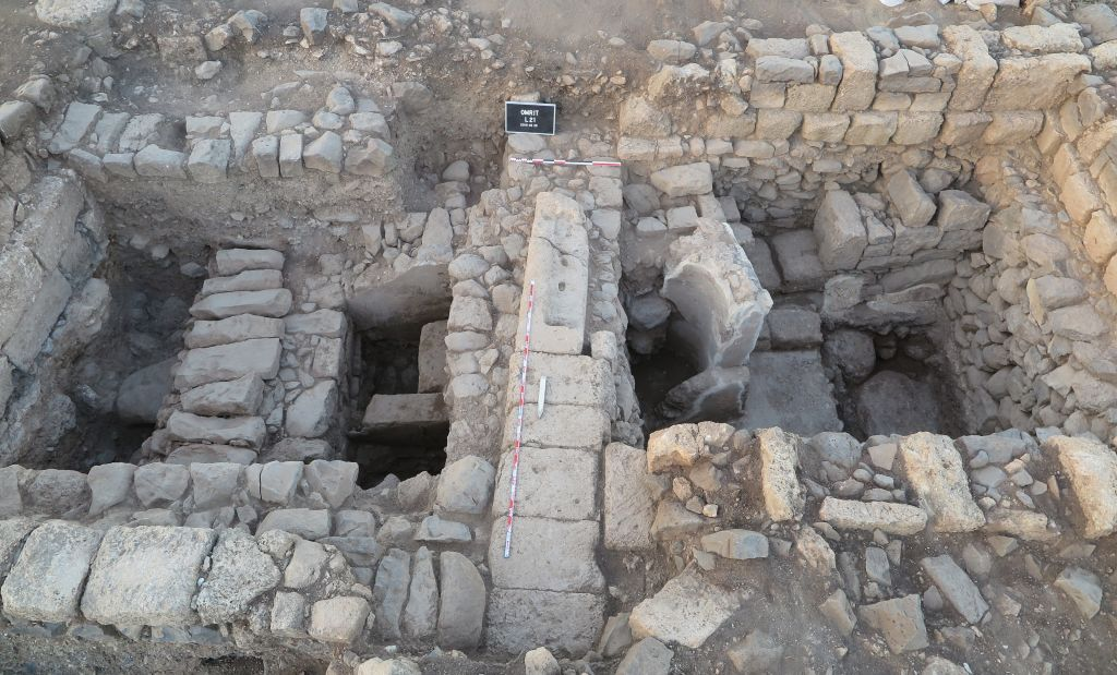 A view of the excavations of a Roman-era building at Omrit, with part of a fountain bearing a fresco on the right, found in June 2016. (Courtesy of Daniel Schowalter)