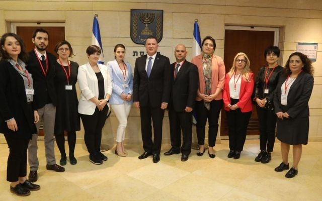 Knesset Speaker Yuli Edelstein meeting with a group of Turkish reporters at the Knesset on March 6, 2017. (Knesset Spokesperson)