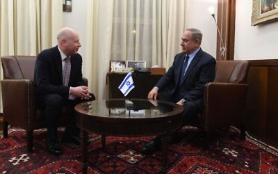 Assistant to the President and Special Representative for International Negotiations, Jason Greenblatt, left, meets Prime Minister Benjamin Netanyahu at the Prime Minister's Office in Jerusalem, March 13, 2017. (Kobi Gideon/GPO)