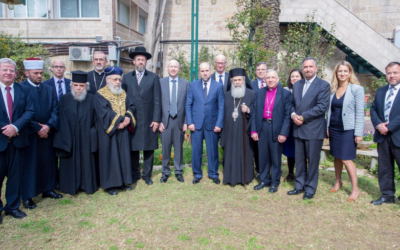 Jason Greenblatt, the US administration's Special Envoy for International Negotiations, with members of the Council of Religious Institutions in the Holy Land at a gathering at the US Consulate-General in Jerusalem, March 16, 2017 (courtesy US Embassy Tel Aviv)
