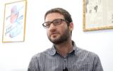 Raphael Ahren speaks at the Times of Israel office in Jerusalem, March 26, 2017. (Dennis Zinn)
