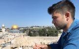 Adrian Grenier in Jerusalem (Instagram)