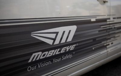 The Mobileye logo on a car in Jerusalem, March 14, 2017. (Yonatan Sindel/Flash90)