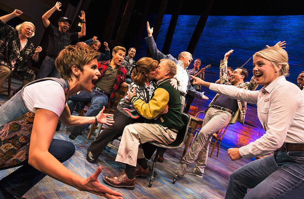 Some people find love in 'Come From Away.' (Photo by Matthew Murphy/Courtesy Polk and Co.)