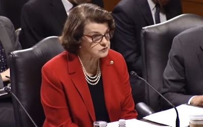 """US Senator Dianne Feinstein, Ranking Member of the Senate Judiciary Committee, explains her reasoning for voting """"no"""" in committee on the nomination of Senator Jeff Sessions for attorney general on January 31, 2017. (Screen capture/YouTube)"""