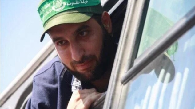 Mazen Faqha, upon his release after the Shalit deal in 2011. (Screen capture Twitter)