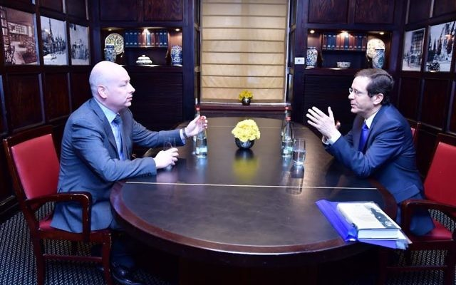 Opposition chairman Isaac Herzog (R) meets with US special envoy for international negotiations Jason Greenblatt on March 16, 2017. (Rafi Ben Hinon)
