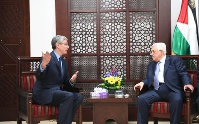 Rabbi Rick Jacobs, left, meeting with Mahmoud Abbas in Ramallah on March 9, 2017. (WAFA)