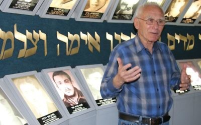 Tour guide Moshe Ben Yehuda speaks at the Lehi Museum in Tel Aviv. (Shmuel Bar-Am)