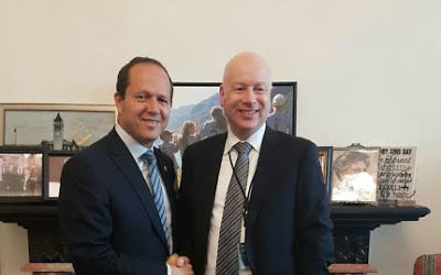 Jerusalem Mayor Nir Barkat and US President Donald Trump's Special Envoy for International Negotiations Jason Greenblatt during a meeting at the White House, March 25, 2017 (Courtesy of the Jerusalem Municipality)