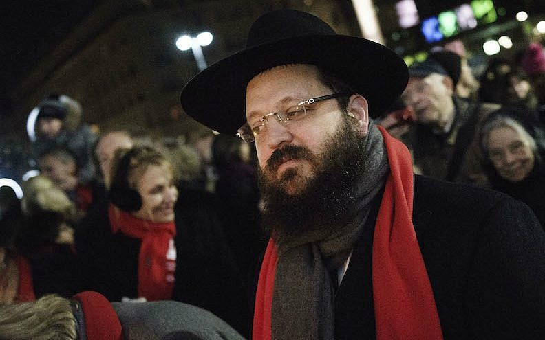 Rabbi attacked in apparent anti Semitic incident in Berlin
