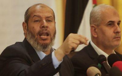Senior Hamas official Khalil al-Hayya holds a press conference on April 18, 2017 in Gaza City. AFP / MAHMUD HAMS)