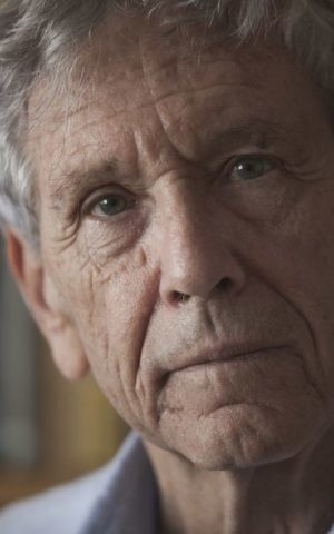A photo of Israeli writer Amos Oz at his house in Tel Aviv from November 2015; Oz was nominated Thursday, April 20, 2017 for the Booker Man International Prize for his novel 'Judas' (Courtesy Dan Balilty/AP)