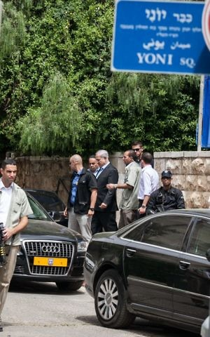 Prime Minister Benjamin Netanyahu, leaves the home of his late father Benzion Netanyahu in Jerusalem on April 30, 2012. (Noam Moskowitz/Flash90)