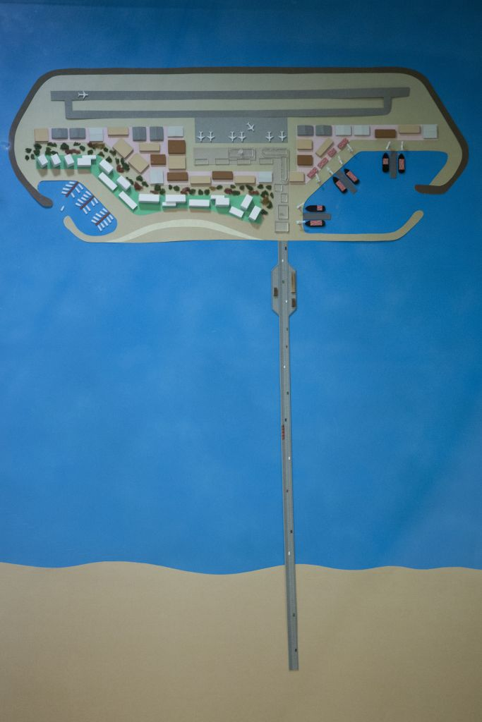 The Transportation Ministry's plan for an artificial island off the Gaza coast, which would contain a port, power and water desalination plants, and an airport. (Miriam Alster/Flash90)