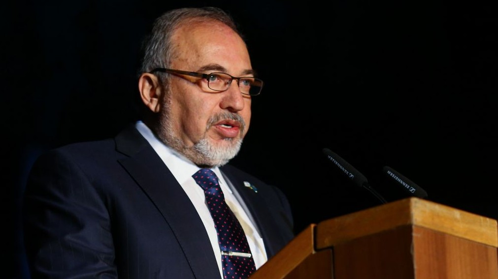 Defense Minister Avigdor Liberman on April 24, 2017 (Flash90)