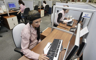 A high tech company which employs ultra-Orthodox women in Modiin Elit.  August 17, 2009. (Abir Sultan/Flash 90)
