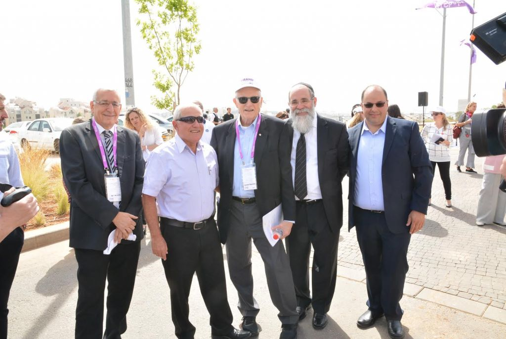 Dignitaries at the April 27 opening of Shalva's new headquarters (Courtesy)