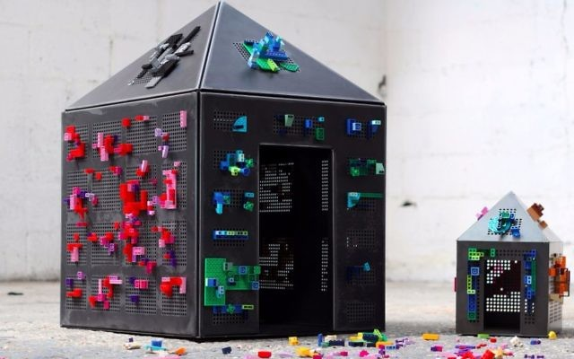 A reverse Lego system created by Ronen Bavli of Studio Magenta for the sixth Jerusalem Design Week. (Courtesy Lee Zakai)
