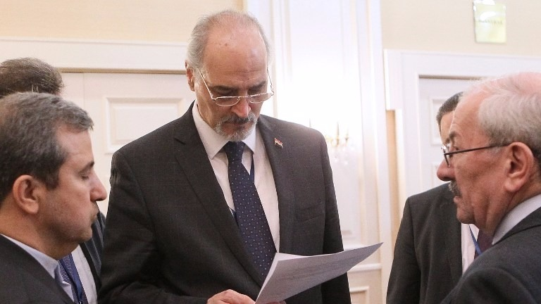 Syrian regime negotiator Bashar al-Jaafari (C) attends the fourth round of Syria peace talks in Astana on May 4, 2017. (STANISLAV FILIPPOV / AFP)