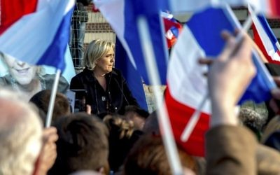 French presidential election candidate for the far-right Front National (FN) party Marine Le Pen speaks during a campaign meeting in Ennemain, northern France, on May 4, 2017. (AFP Photo/Philippe Huguen)