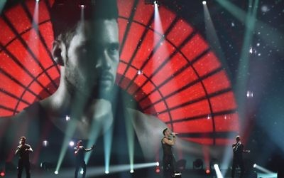 Israel's Imri Ziv performs the song 'I Feel Alive' during the second semi-final dress rehearsal of the Eurovision Song Contest 2017 on May 10, 2017 at the International Exhibition Centre in Kiev (AFP PHOTO / Sergei SUPINSKY)