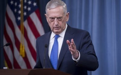 US Secretary of Defense Jim Mattis holds a press briefing at the Pentagon on May 19, 2017. (AFP Photo/Saul Loeb)