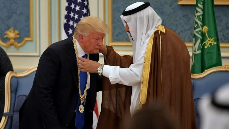 ټرمپ: سعودي او پاچا يې زموږ له مرستې پرته دوه اوونۍ هم پاتې کېدای نه شي