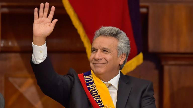 Ecuadorean new President Lenin Moreno waves during the inauguration ceremony at the National Assembly in Quito on May 24, 2017. (Rodrigo BUENDIA / AFP)