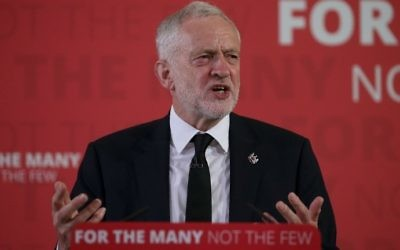 Britain's main opposition Labour Party leader Jeremy Corbyn delivers a general election campaign speech in central London on May 26, 2017. (Daniel Leal-Olivas/AFP)