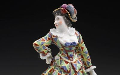 A harlequin figure made by the porcelain manufacturers Höchst, Fürstenburg, and Fulda. (Courtesy Museum of Fine Arts, Boston via JTA)