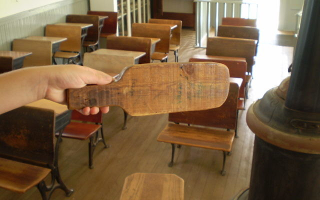 A paddle used for punishment. (CC BY-SA Wesley Fryer, Flickr)