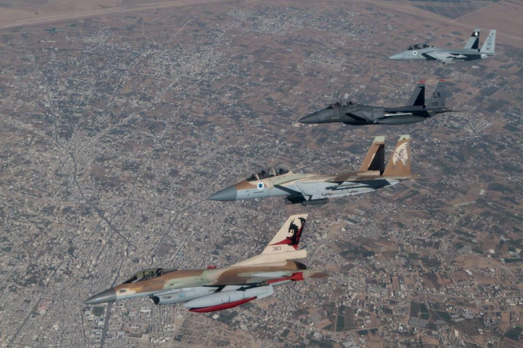 Israeli and American F-15 and F-16 fighter jets fly alongside one another over southern Israel in May 2017. (IDF Spokesperson's Unit)