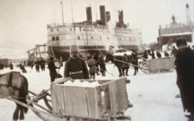 Loading icebreakers on Lake Baikal, circa late 19th c. -early 20th c. (Courtesy Vladimir Rott)