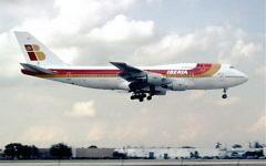 Illustrative photo of an Iberia airline plane touching down in Miami, Florida,  1985. (CC-BY-SA: Aero Icarus/Wikimedia)