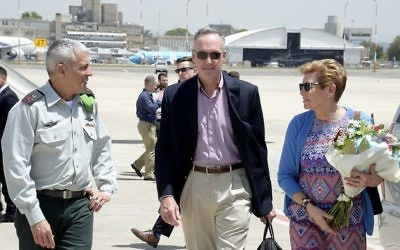 US Military Chief of Staff General Joseph Dunford, center, and his wife Ellyn, right, are met at Ben Gurion International Airport by the Israel's military attache to the United States, Maj. Gen. Mickey Edelstein, left, on May 8, 2017.  (US Embassy/Twitter)
