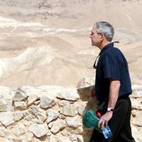 US President George W. Bush visits the historical Masada site. Masada is an ancient hilltop fortress in the Judean desert constructed by King Herod, where Jewish rebels struggled against the Romans and finally committed suicide before being taken prisoners by the Romans. May 15, 2008. (Ariel Jerozolimski/Flash90)