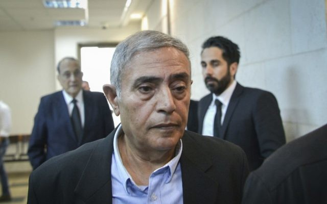 Former Nazareth District Court President Yitzhak Cohen arrives to the Rishon Lezion Magistrates Court for a court hearing regarding allegations of sexual harassment, May 8, 2017. (Flash90)