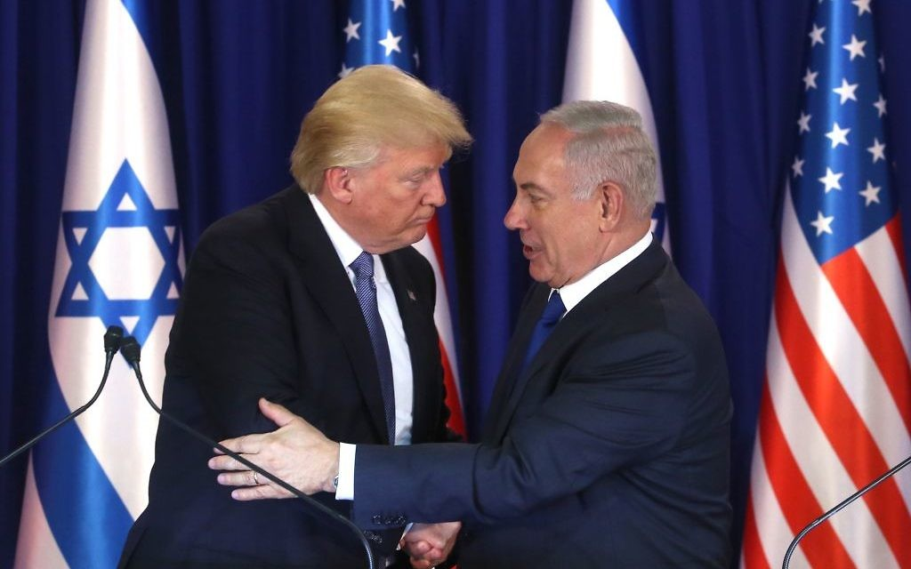 Prime Minister Benjamin Netanyahu. left, and US President Donald Trump during a joint press statements at the Prime Minister's Residence in Jerusalem, on May 22, 2017. (Marc Israel Sellem/POOL)