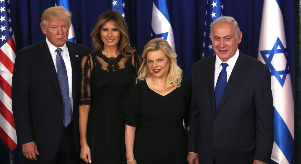 Prime Minister Benjamin Netanyahu and his wife Sara pose with US president Donald Trump and his wife Melania at PM Netanyahu's residence in Jerusalem, on May 22, 2017. (Marc Israel Sellem/POOL)