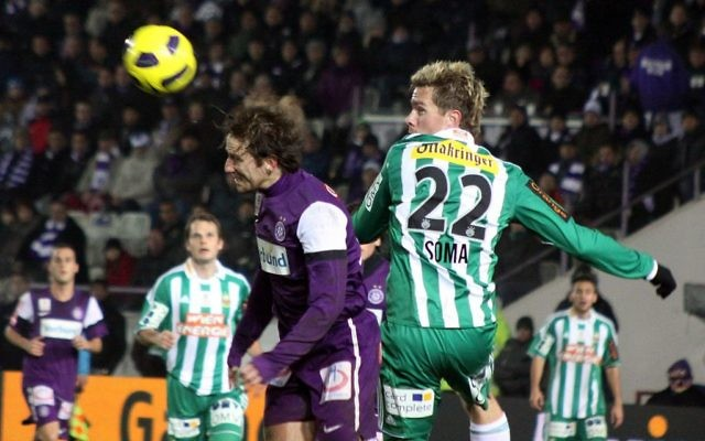 Illustrative image of FK Austria Wien playing SK Rapid Wien, November 2010. (CC BY-SA Steindy, Wikimedia commons)