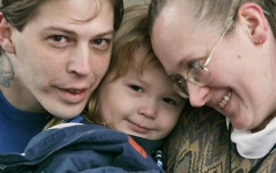 This Tuesday, Dec. 16, 2008 file photo, shows Isidore Heath Campbell, left, his wife, Deborah, and son Adolf Hitler Campbell, 3, in Easton, Pa. On Monday, May 8, 2017, (AP Photo/Rich Schultz, File)